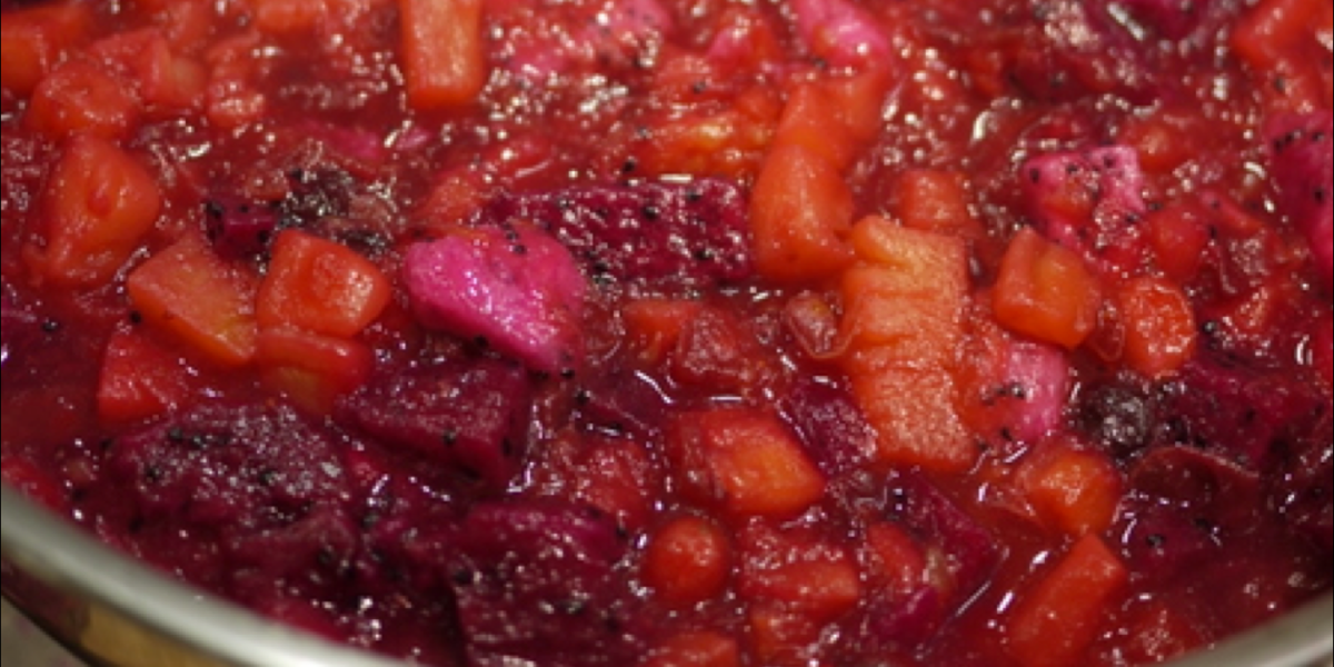What's so seductive about this tropical cranberry sauce?